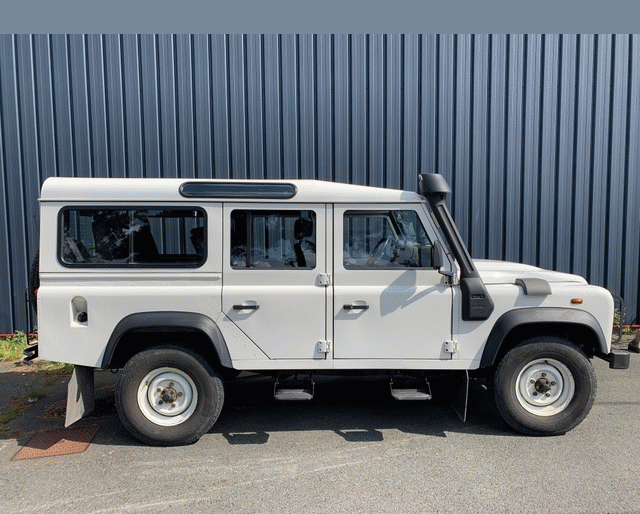 Land-Rover Land-Rover Defender 110 2.4 SW